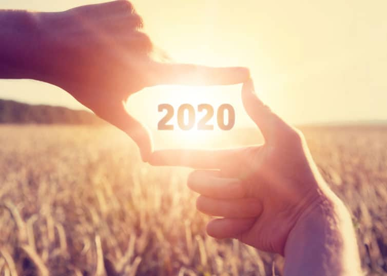 Real estate appraiser looking out toward a bright horizon in 2020