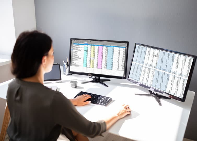Real estate appraiser utilizing Excel resources for an appraisal assignment